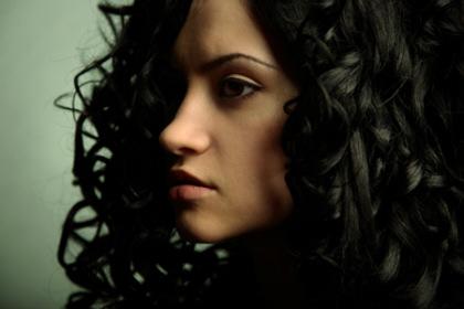 Как придать объем волосам: проверенные средства для объема волос