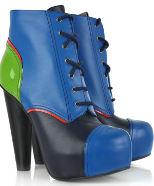 модная обувь 2010  versace