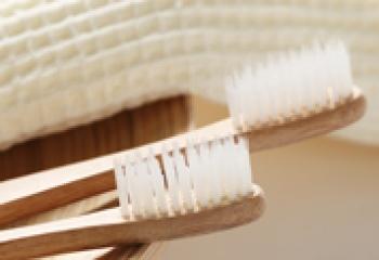 Какими бывают зубные щётки
