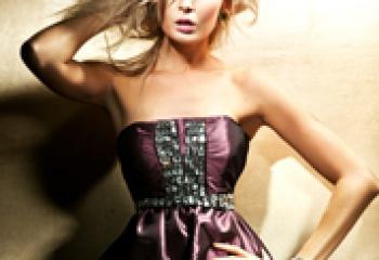 Как встречать Новый 2011 год: модные платья (фото)