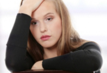 Если преследует бывший парень: советы психологов