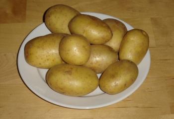 Как варить картофель в мундире