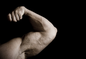 Как накачать большие руки