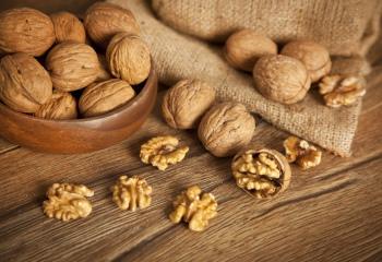 Полезные свойства грецких орехов, их калорийность