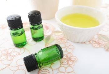 Польза камфарного масла для кожи