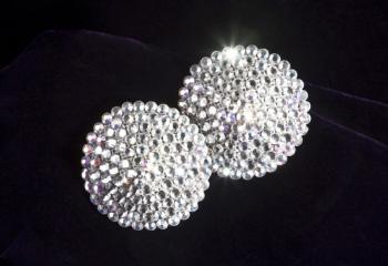 Из чего делают кристаллы Swarovski