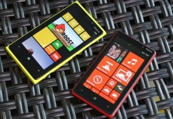 Как заряжается смартфон Nokia Lumia 920
