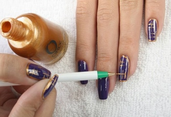 Как наносить узор на ногти