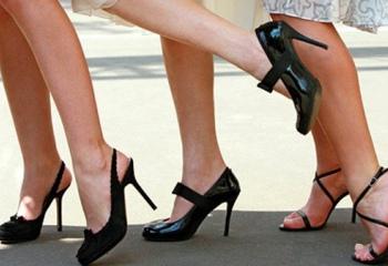 Как встать на каблуки
