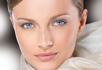 Как сделать красивый дневной макияж