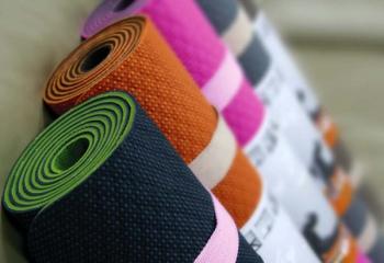Как выбрать противоскользящий коврик