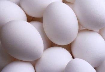 Как варить куриные яйца в мешочек