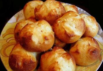 Как испечь вкусные булочки