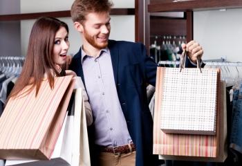 Как раскрутить мужчину на подарки: школа женских премудростей