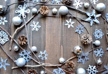 shutterstock_214183042_0 Новогодние снежинки: как сделать украшения своими руками