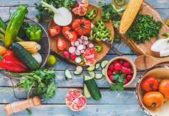 Еда летом: отдых для желудка