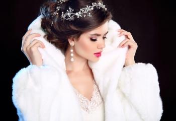 Зимние аксессуары для невесты