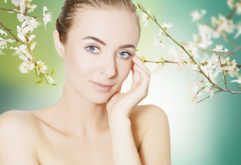 Правильный уход за кожей лица весной