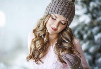 Как уберечь волосы зимой