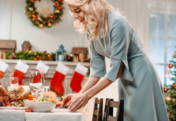 Переедание: как сберечь здоровье в новогодние праздники