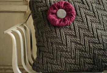 Милые поделки из старого свитера