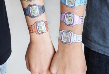 Взрослые переводилки и детские татуировки