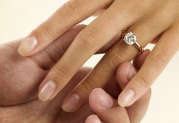 Как красиво отпраздновать помолвку