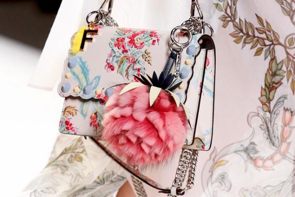 Кусочек лета: акварельная сумка Fendi