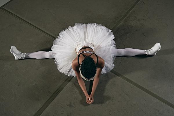 «Лебединое озеро» по версии Puma в капсульной коллекции Swan