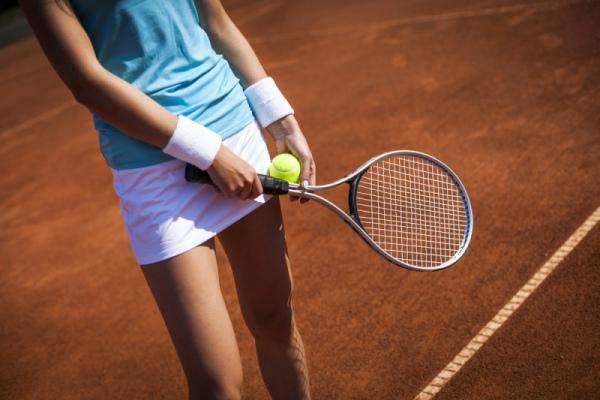 Как научиться играть в теннис