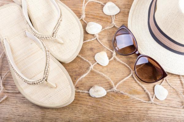 Шлепанцы: главный тренд пляжного сезона