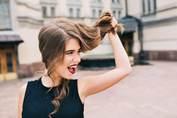 Как делать быстрые прически на длинные волосы