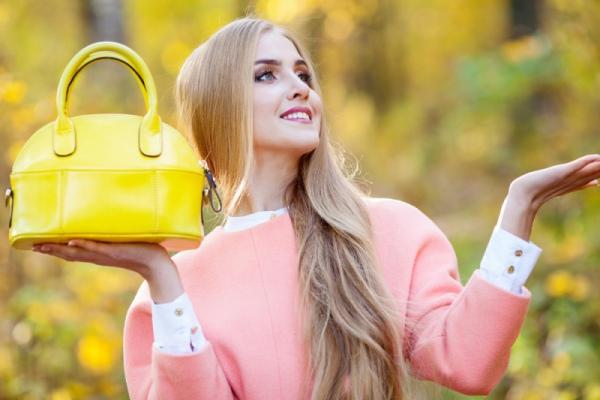 Яркие сумки для осеннего сезона