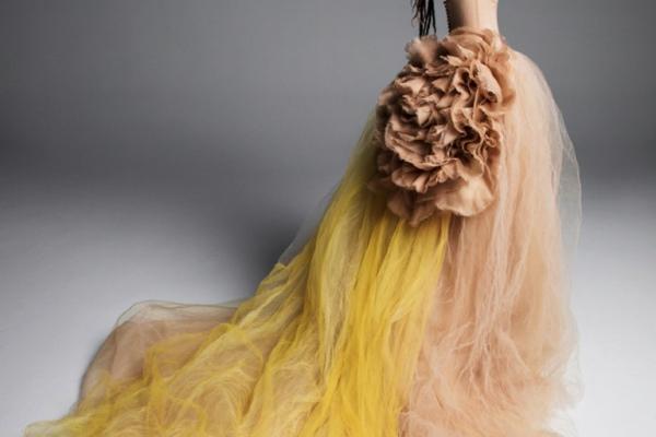 Нет белому: коллекция цветных свадебных платьев Веры Вонг