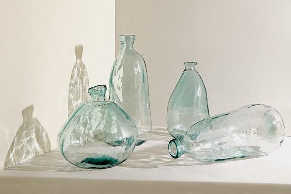 Zara Home выпустили коллекцию из полностью переработанного стекла: фото
