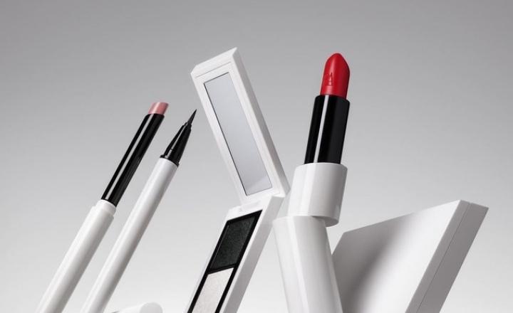 Zara выпустила свою первую полноценную коллекцию макияжа