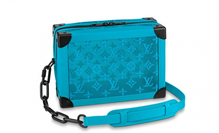 Louis Vuitton выпустил коллекцию сумок по мотивам своих сундуков для путешествий: фото