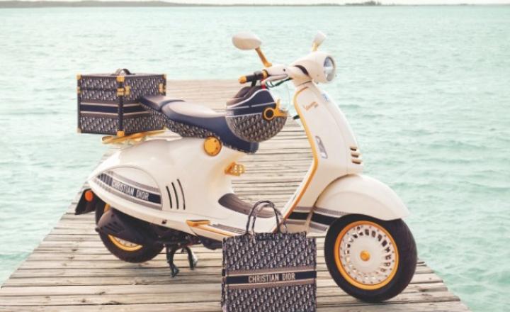 Dior и Vespa вместе выпустили скутер, шлем и кофр