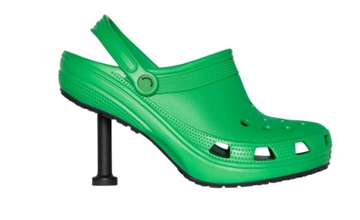 Balenciaga и Crocs выпустили кроксы на шпильке