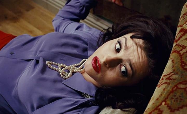 Психотерапевт Хелены Бонем Картер любит Prada