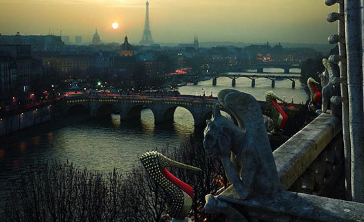Кристиан Лубутен завалил Париж обувью из новой коллекции