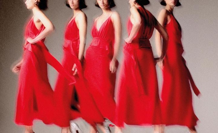 Как для себя: капсульная коллекция вечерних нарядов Виктории Бекхэм к Рождеству