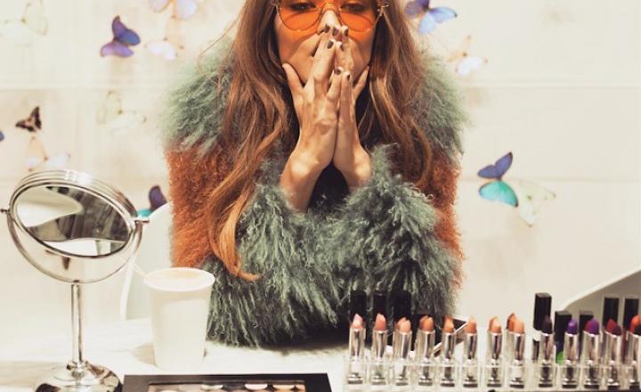 Джиджи Хадид создала коллекцию макияжа для Maybelline