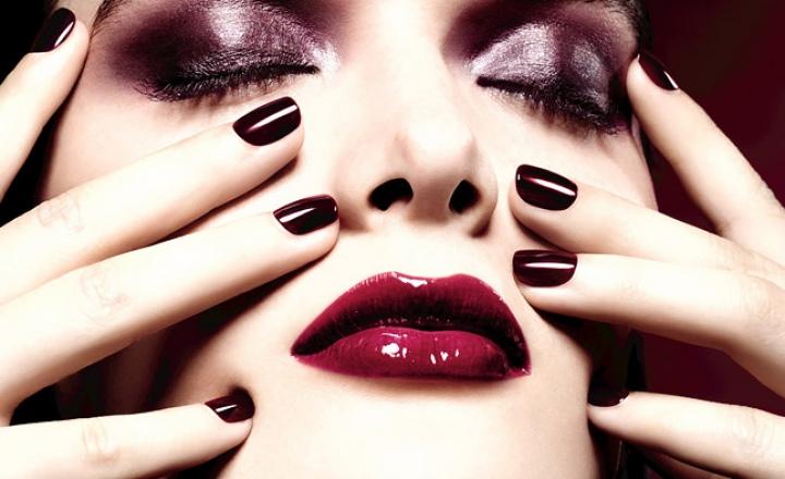 Rouge Noir Absolument: рождественская коллекция макияжа Chanel