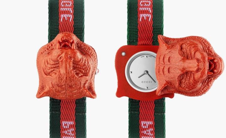 Gucci выпустили часы с секретом