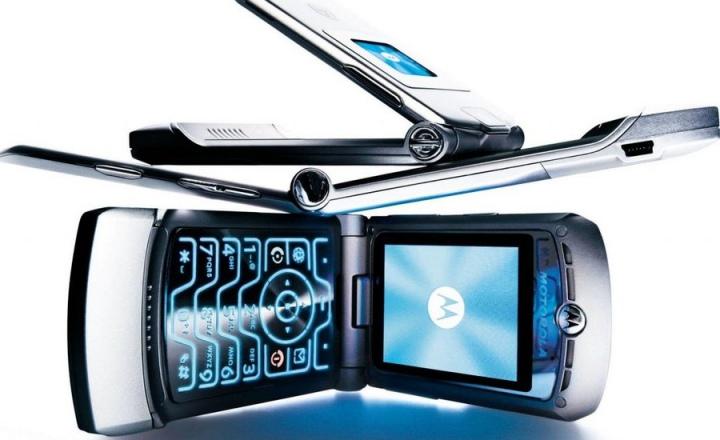 Motorola перезапустит свою культовую «раскладушку» Razr