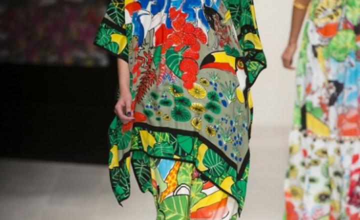 Икебана из тропических цветов: Issa на лондонской неделе моды