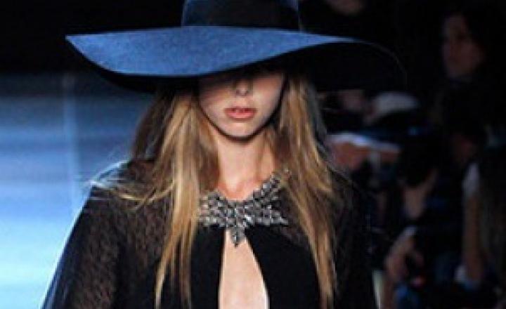Под рок: Saint Laurent на Неделе моды в Париже