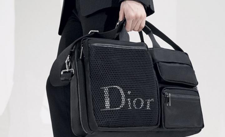 Рекомендовано девушкам: коллекция мужских нейлоновых сумок Dior