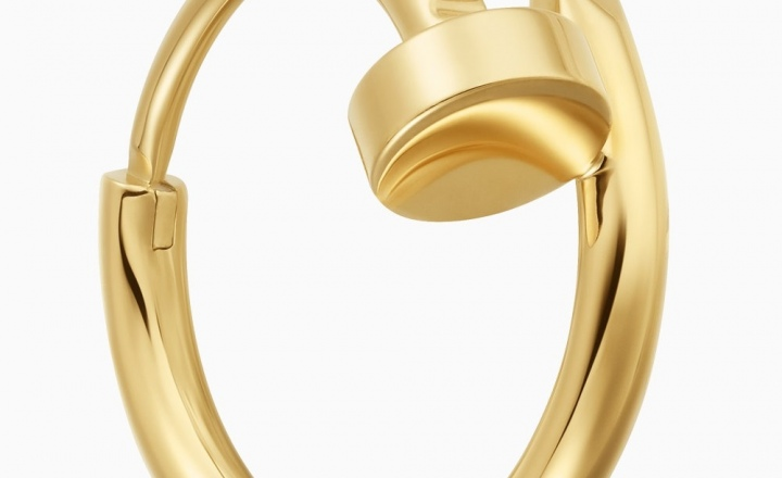 В коллекции драгоценных гвоздей Cartier пополнение — моносерьга из желтого золота